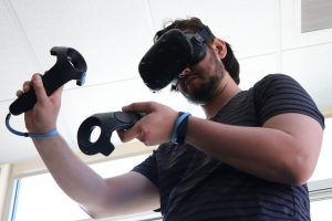 A Two Summers student experiments with virtual reality